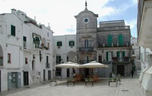 La Domenica nel Borgo: visita guidata nei dedali di Cisternino