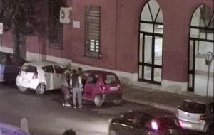 Francavilla Fontana: chiedono soldi per restituire un cellulare rubato, due arresti e una denuncia.