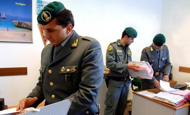Impiegati del Comune di Brindisi arrestati per assenteismo