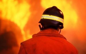 Carovigno: a fuoco tre mezzi della Carbinia