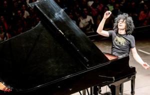 """Giovanni Allevi """"solo"""" col suo piano al Nuovo Teatro Verdi"""