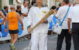 L'Assi Manzoni ospita il tedoforo Vittorio Brandi
