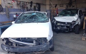 Falsi incidenti stradali per intascare il risarcimento assicurativo: denunciati tre napoletani