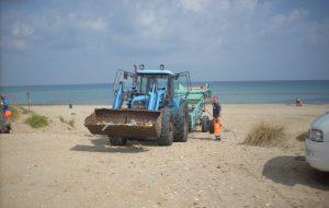 Ecotecnica avvia la pulizia delle spiagge: ecco il programma