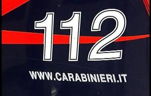 Chiama il 112 denunciando che un albanese nasconde mezzo chilo di coca in casa, ma è falso. Denunciato