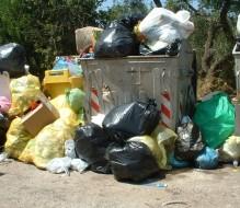 Consales firma ordinanza sui rifiuti: affidamento all'Ecologica Pugliese
