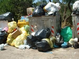 abbandono rifiuti ceglie (2)