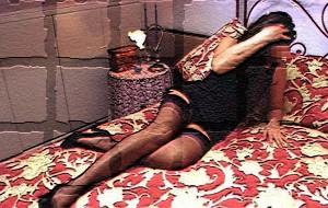 Offre prestazioni sessuali a domicilio ad un pensionato che non cade nel tranello.