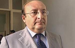 Il Sen. Vitali lascia il centrodestra ed annuncia il sostegno a Conte