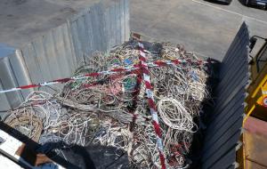 Rubano 25 chilogrammi di cavi di rame: arrestati due coniugi