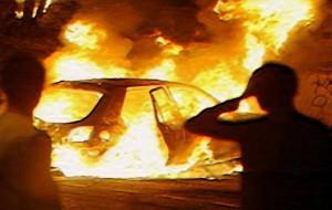 Auto in fiamme sulla Brindisi-Taranto: chiusa al traffico parte della SS7