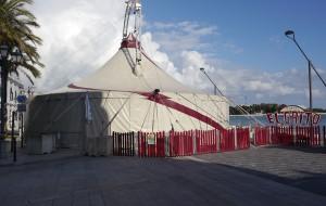 Domenica «El Grito» apre le tende del circo sul lungomare