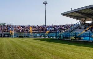 Brindisi-Taranto: biglietto a €. 5,00 per chi accompagna un bimbo della scuola calcio