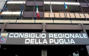 Biblioteca Comunale di Villa Castelli: Bozzetti interroga, Capone risponde