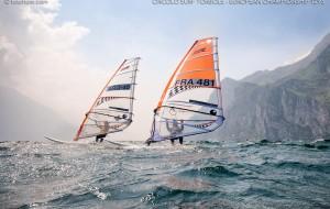 Oltre 200 windsurf per la regata più importante dell'anno a Torre Guaceto