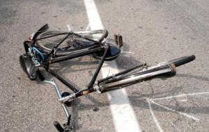 Ciclista travolto da auto a Brindisi il 23 dicembre: si cercano testimoni