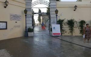 Maltempo: chiusi i cimiteri di Brindisi