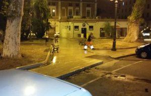 Scippa una passante in Piazza Crispi: arrestato
