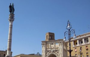 Evacuazione 15 Dicembre: la vicinanza della città di Lecce espressa dal sindaco Salvemini