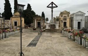 Neve: chiusi i cimiteri di Brindisi e Tuturano