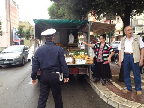 Catania, giro di vite per gli ambulanti$