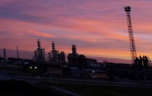 Incidente sul lavoro al petrolchimico di Brindisi: altissima l'attenzione dei sindacati