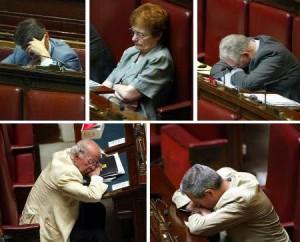 parlamentari-dormono[1]