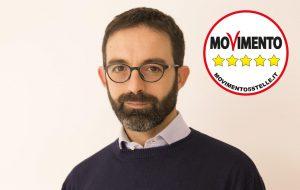 """Alparone (M5S): """"la pagina Facebook istituzionale del Comune di Brindisi gestita con arroganza. E' lesivo ironizzare su consiglieri e giornalisti"""""""