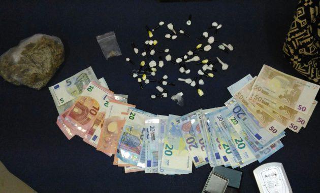 Fidanzati in a notte fonda con 30 grammi cocaina e 40 di marijuana: arrestati