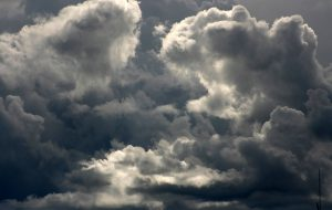 Torna il maltempo: da domani mattina temporali e raffiche di vento