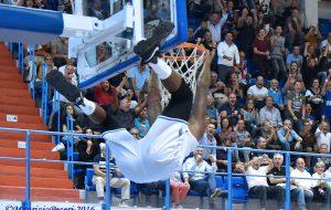 New Basket Brindisi-Trento=69-61 Photogallery di Maurizio Pesari