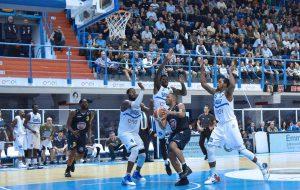 New Basket Brindisi-Torino=87-79 Photogallery di Maurizio Pesari