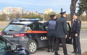 Blitz dei Carabinieri: 60 uomini setacciano il quartiere Perrino, controllate 150 persone