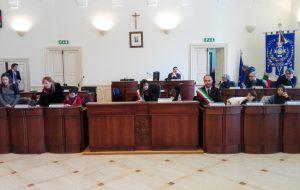Fasano: il Consiglio comunale ragazzi approva le prime delibere