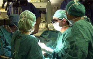 Buona sanità al Perrino: turista francesce sottoposta ad un delicato intervento per emoraggia al seno