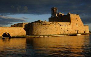 """Castello Alfonsino, Bozzetti (M5S) scrive alla Soprintendenza: """"Più controlli e tempi certi per restituire il bene alla cittadinanza"""""""