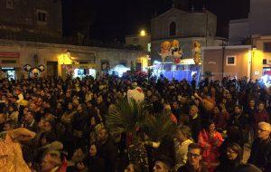 """Gran chiusura per """"Farfugghji"""", il Carnevale di San Vito dei Normanni"""