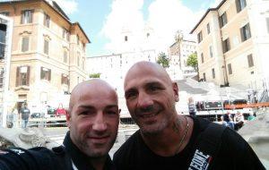 Il pugile Fragomeni si allena a Brindisi. E' noto per aver vinto l'Isola dei famosi 2016