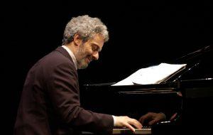 Piano Lab a Carovigno: oggi Leonardo Caligiuri, venerdì 21 Agosto Nicola Piovani