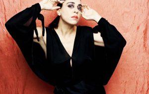 Venerdì 17 Amalia Grè torna in concerto nella sua Ostuni