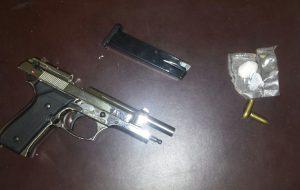 Cocaina, pistola e proiettili: arrestati moglie e marito