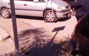 Continua la pessima abitudine di parcheggiare negli stalli riservati ai disabili: decine di multe a Brindisi