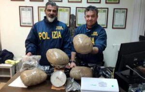 Ennesimo blitz in una villa sulla litoranea di Brindisi: nuovo maxisequestro di droga