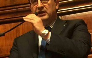 Zizza (DI) interroga il Ministro sui disservizi dell'ufficio postale di Latiano