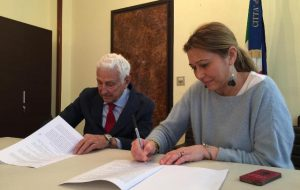 Il Comune firma una convenzione con la multisala Andromeda per la promozione della città al cinema