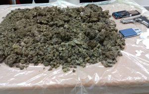 Coppia in erba: i Carabinieri trovano 5 Kg di marijuana nella casa di due giovani di Carovigno