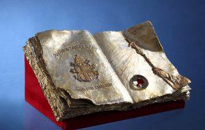 Giunge a Mesagne l'ampolla contenente il sangue di S. Giovanni Paolo II