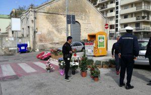 Pasqua di lavoro per la Polizia Municipale: stop alla vendita abusiva di fiori e piante