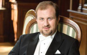Domenica 14 il concerto del pianista polacco Marian Sobula al Teatro Sociale di Fasano