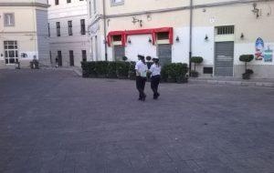Ieri sera piazza Mercato liberata dalle auto… adesso occorre continuare
